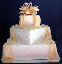 Off-Set Square Wedding Cake
